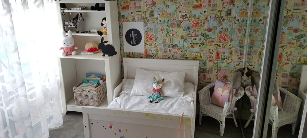 Styling a Monochrome kids bedroom (aka where did Holly Hobby go?)